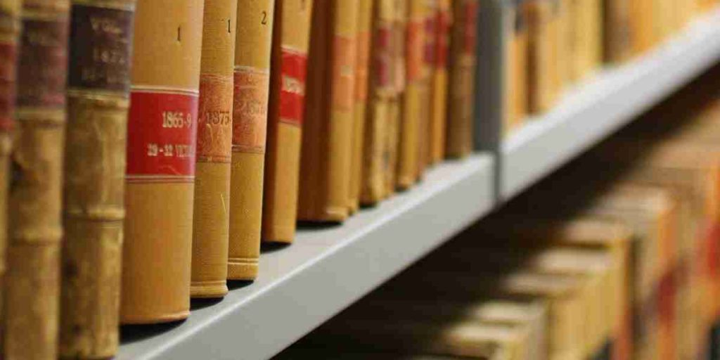 LLB Courses and Their Benefits